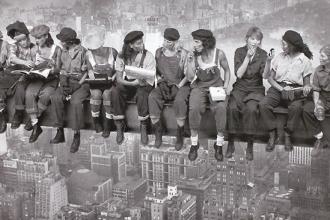 İşçi kadınların bir akşam sohbeti