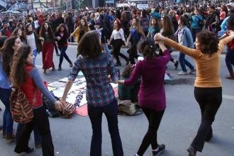 Sokaktan kampüse baskı, taciz her yerde