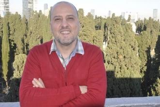 Ahmet Şık: Fezlekeleri hazırlayan polis tanık olarak dinlenlensin