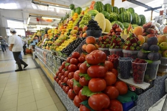 Yıllık tüketici enflasyonu çift haneye yükseldi