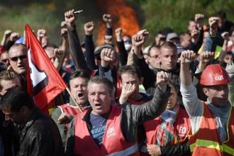 Fransız işçileri yalnız bırakılmamalı