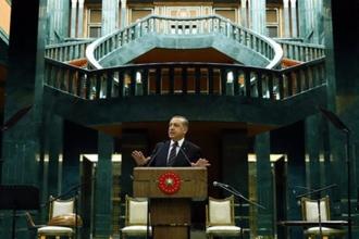 Saray ve hükümet