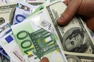 Dolar ve avro haftaya yeni rekorla başladı