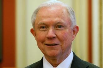 ABD Adalet Bakanı: Assange'ı tutuklamak önceliğimiz