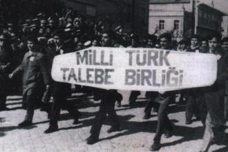 'Yeni Türkiye'nin fıtratçı gençleri