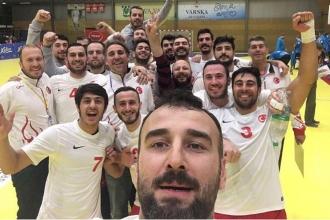 Türkiye, Estonya'yı yenerek avantaj elde etti