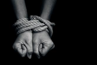 Hindistan'da 39 insan taciri tutuklandı