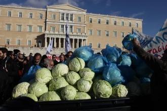 Yunanistan'da köylülerden büyük gösteri