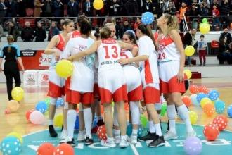 Bellona AGÜ Spor yine final yolunda