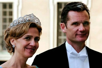 Prensese beraat, kocasına hapis