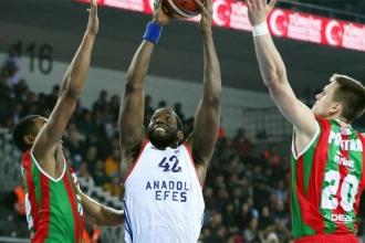 Kupada final belli oldu: Anadolu Efes - Banvit