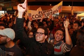 Ekvador'da başkanlık ikinci tura kaldı
