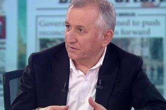 Karar yazarından AK troll eleştirisi