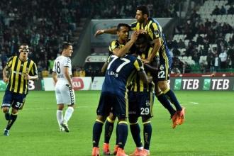 Fenerbahçe haftanın açılışında Konyaspor ile karşılaşıyor