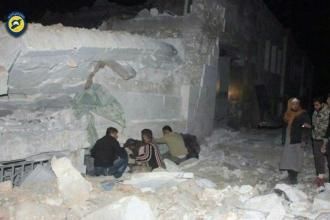 Halep'in batısında hava saldırısı: En az 42 ölü