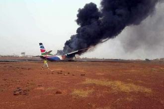 Sudan'da yolcu uçağı düştü, 14 yolcu yaralandı