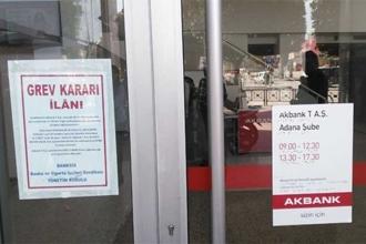 BANK-SEN'den Akbank emekçileriyle dayanışma çağrısı