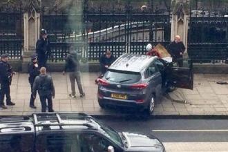 İngiltere Başbakanı May'in saldırı anındaki paniği kamerada