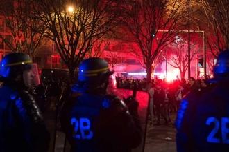 Paris'te polis şiddetine tepki