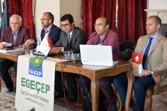 Bergama'da 'Anayasa değişikliği ve çevre' konuşuldu