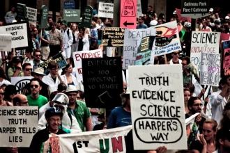 Dünya çapında on binler 'bilimsel gerçekler' için yürüdü