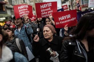 """CHP Üsküdar Gençlik Kolları:""""tepkimiz CHP'deki bu zihniyete"""""""