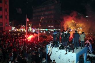Erzurum'da PTT 1. Lig mutluluğu