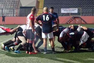 Avcılar'da rugby heyecanı kısa sürdü