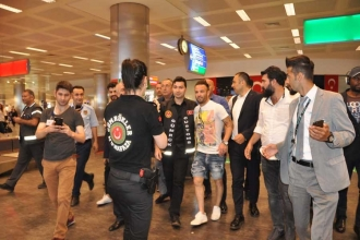 Fenerbahçe'nin yeni transferi Valbuena İstanbul'a geldi