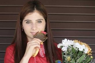 'Kızlar spor yapamaz' dediler o Avrupa'da madalya kazandı