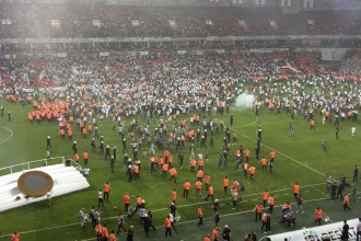 Beşiktaş Antalyaspor maçını seyircisiz oynayacak
