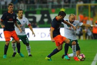 Lig hasreti bitiyor: Başakşehir'in misafiri Bursaspor