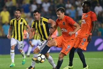 Başakşehir son dakikada güldü: Fenerbahçe 2-3 Başakşehir