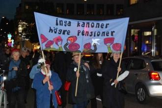 İsveç'te kadınlar barış için yürüdü
