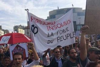 Fransa'da işçi düşmanı yasaya karşı büyük protesto