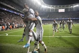 Beşiktaş 2'de 2 yaptı!