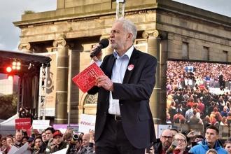 'Jeremy Corbyn cesurca konuştu ama daha kapsayıcı olmalı'