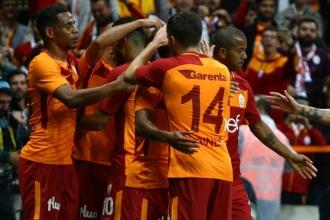 Galatasaray'da son söz Maicon'un oldu