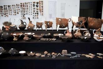 İzmir'de 8 bin yıl öncesine ait 200 yeni eser bulundu