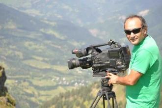Memuriyetten men edilen TRT kameramanı tutuklandı