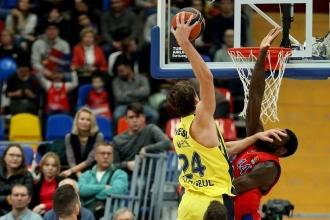 Fenerbahçe Doğuş son topta kazandı