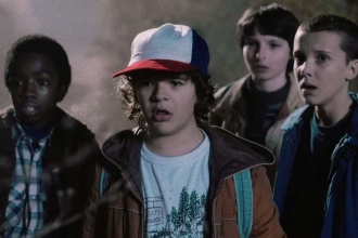 Netflix resmen duyurdu: Stranger Things'de 3. sezon başlıyor