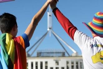 Avustralya'da eşcinsel evlilikleri yasallaştı