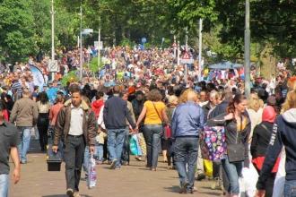 Hollanda'da sosyal yardım için Hollanda dilini konuşma şartı