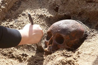 Arkeoloji bitirince  ne oluyoruz?