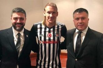 Beşiktaş Domagoj Vida'yı KAP'a bildirdi