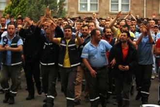 'Birliğimizi bozmazsak OHAL falan dinlemeyiz'