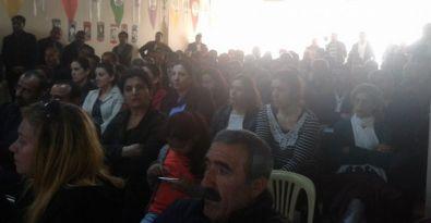 HDP adayları Tuzla'da deri işçileriyle buluştu