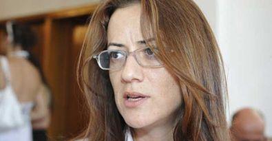 Kıbrıslı vekile ırkçı saldırı