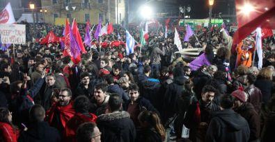 SYRIZA piyasaları gerdi avro düşüşte
